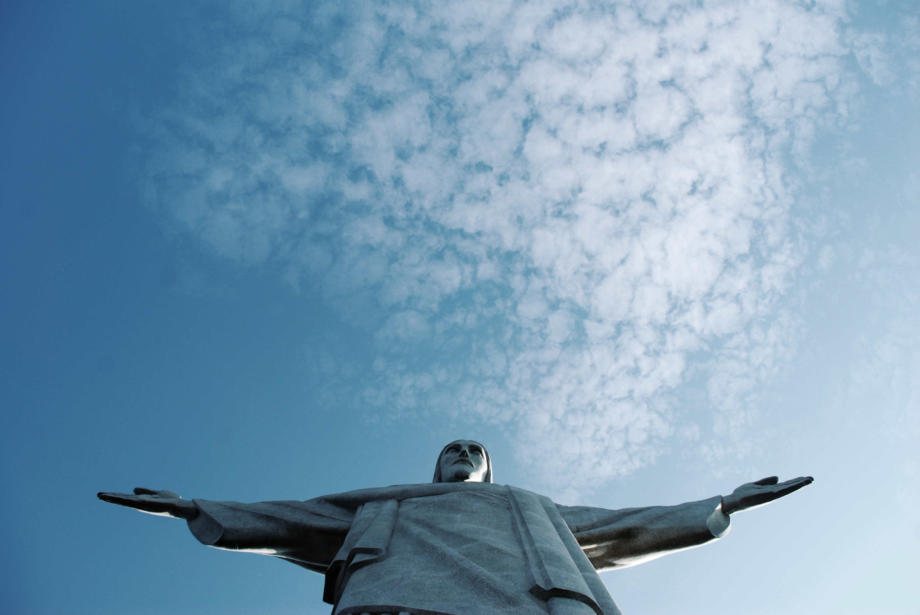 canva-christ-the-redeemer-in-rio-de-janeiro